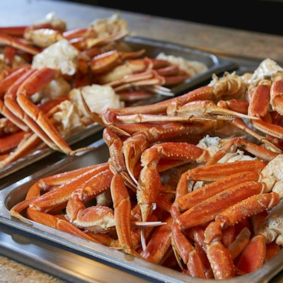 Farmers-Pick-Crab-Legs.jpg